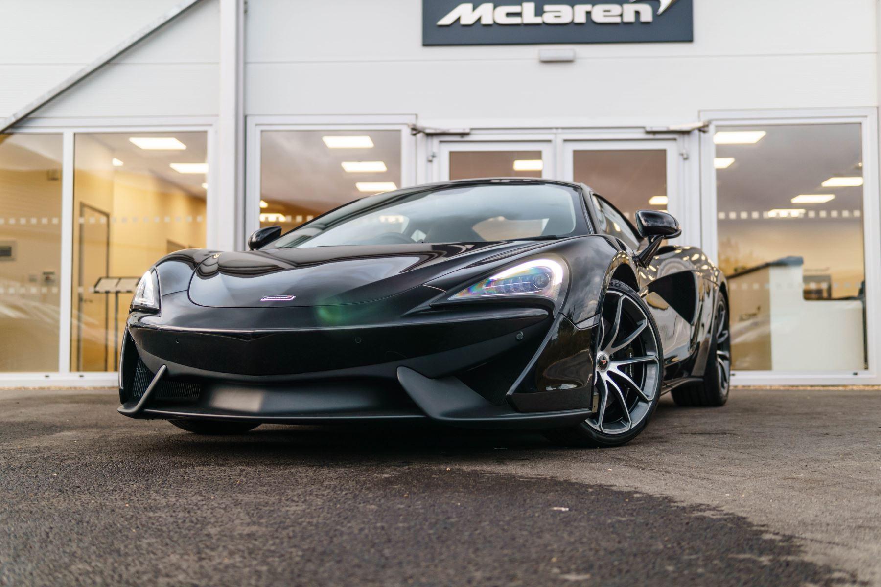 McLaren 540C V8 SSG 3.8 Automatic 2 door Coupe (16MY) image